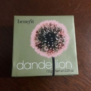 "🌟New Listing🌟Benefit Cosmetics ""Dandelion"" Blush"